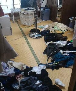 洗濯部屋に戻りました