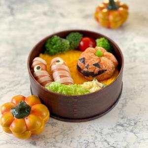 カボチャおにぎり弁当☆夫が作った晩ごはん☆ニャンズLOVE