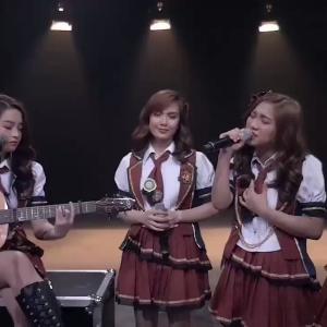 MNL48 最高のアコースティックカバー曲を披露しました
