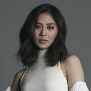 フィリピン 最新ヒット曲 2021年 4月(1)  サラ・ヘロニモ
