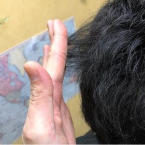 クセ毛にすきバサミで失敗カットが多い?