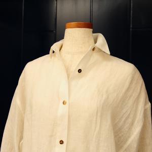 50代、60代で白シャツは難しい?着こなし方があります!