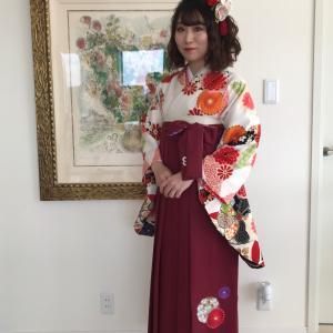 たくさんのサイトから、ピッタリの袴を選びました。