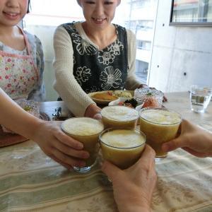 和美食ソムリエ☆デコポンの特別なスムージーとデコポンサラダ。
