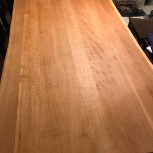 『暮らしを紡ぐ』13年前のテーブルがリニューアルされました。感謝♪
