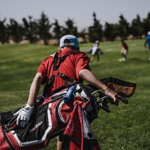 片山晋呉選手が語る、ゴルフスイングにおける体重移動の真実