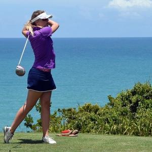 ゴルフスイングで脱力してはいけない部位