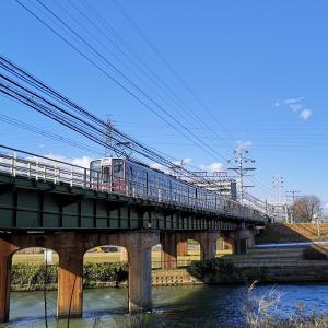 お馴染みの神崎川鉄橋です