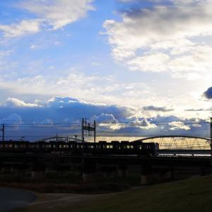 冬空の新淀川です