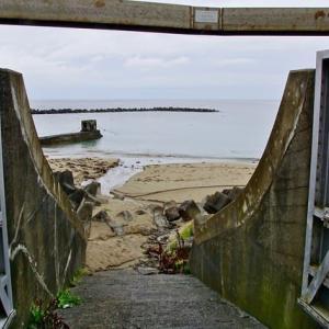 防潮堤の扉