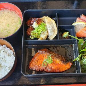 日本食弁当とジャズ