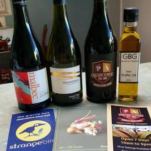 QLD産ワイン&トリュフオイルと珍しい景色