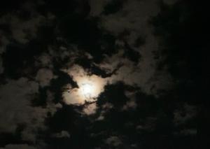 月礼拝と太陽礼拝