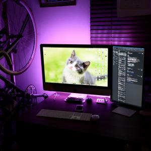 LEDテープライトで間接照明 iMac/PCデスクの施工例。