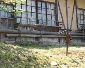 [沿線旅振り返り]取り残された井戸のポンプ