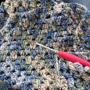 パーツは編み終わっても