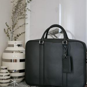 極上の大人仕事鞄!!主人大絶賛の素敵すぎるバッグが…衝撃の半額クーポン発行中!!