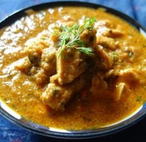 ニーラギリ風チキン・コルマ~ヨーグルトとココナッツミルクを使用したバリエーション/ニーラギリ・チキン・コルマ(Nilgiri Chicken Korma)