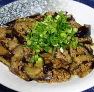 茄子と豚挽肉の炒め~醤油・砂糖味の辛くないバリエーション/肉末茄子(ロウモーチェズ)