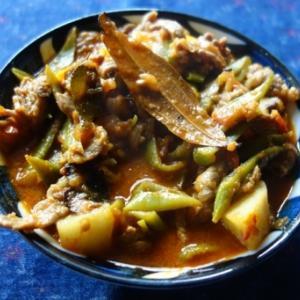 タンジャーヴール風マトンと豆のカレー~ヴィレッジ・スタイルのバリエーション/タンジャーヴール・マトン・カレー(Thanjavur Mutton Curry)
