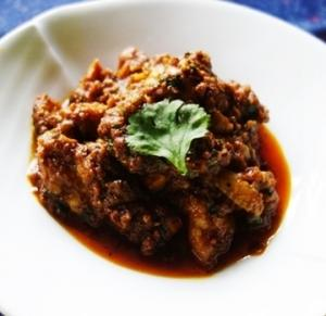 カライクディ風鶏肉の炒め煮~ブラックペッパー多目のバリエーション/カライクディ・チキン・ペッパー・チョップス(Karaikudi Chicken Pepper Chops)