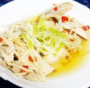 上海風酔っ払い鶏~鶏肉を生姜・長ネギで茹で白酒・黄酒・糟卤・花椒で味付けしたバリエーション/上海酔鶏(シャンハイツイジー)