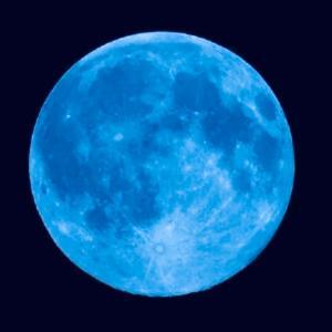 今夜は、46年ぶりのハロウィン満月さらに怪しい