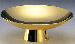 金の刻印と金杯