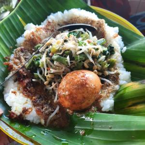 バリ伝統食べ物