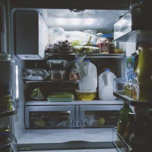 冷蔵庫 めちゃくちゃ汚かった。。。。