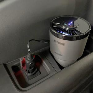 超パワフルな消臭器を発見!車の気になるニオイ対策。