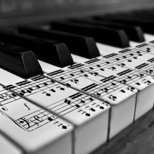 子どもへの楽曲分析は、おもしろおかしくで(≧▽≦)。おもしろすぎへんか?(笑)