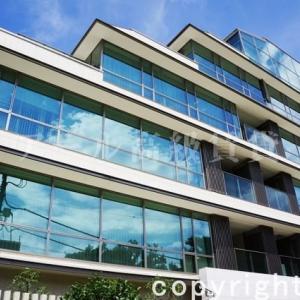 有栖川パークハウス|広尾駅より徒歩8分・かつて有栖川宮邸のあった情趣のある住宅街に建つ高級賃貸マンションです。