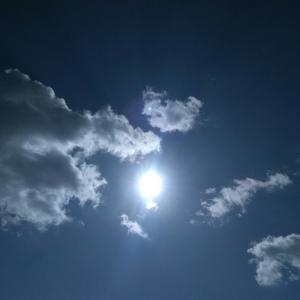 今日の空 ケンクラフト スーパースロット スピナーベイトは、これで行こ~~