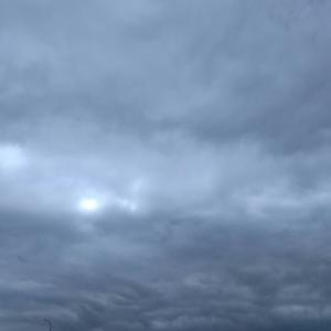 今日の空 ヴォルガードⅡ (ゲームミュージック)を聴きながら、イクシオーネ眺めよう~