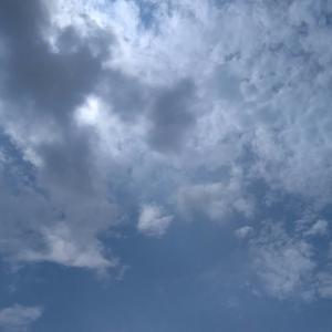 今日の空  トゲめくスピカ は、、、日曜日、バス釣りへ