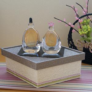 菱餅型のディスプレイボックス