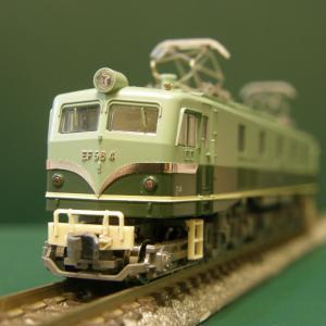 KATO「EF58形 4号機(試験塗装)」