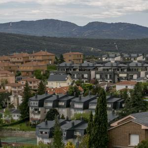 スペイン、コロナ疎開? 在宅勤務増で人は大都市から周辺に移動?