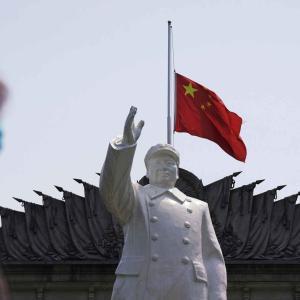 スペイン、37%のスペイン人がコロナウィルスは中国の研究所で人工的作られたと回答