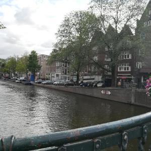 アムステルダムのホテルの保証金でクレジットカード使用枠が1か月程部分的にブロック