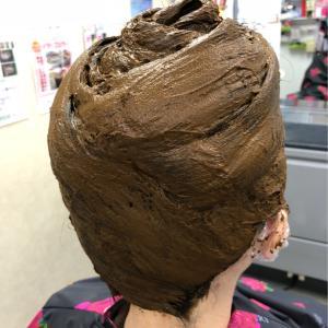 髪や頭皮にお悩みの方は、本物のヘナをお勧めします!