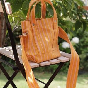 【マリメッコ】明るい色が素敵!2WAYで楽しめる素敵なバッグ♪