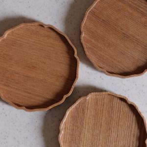 【テーブルウェア】ナチュラルな雰囲気と繊細さが素敵な小さなプレート♪