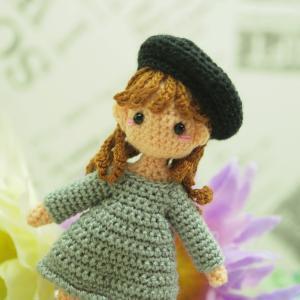 オーダー品 ベレー帽をかぶった女の子