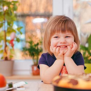 子供の歯の生え替わり!仕上げ磨きは何歳までする?