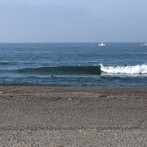 日本の夏サーフィン楽しい
