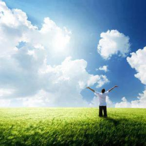 ストレスを軽減するには 上を向いて脳を開く 天を見上げることは 脳にとって天国