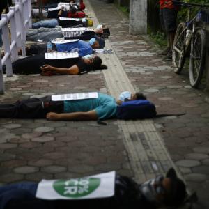 ネパール情報:若者達の静かな抗議