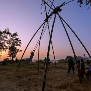 ネパール情報:ネパール最大のお祭り中の外出自粛令
